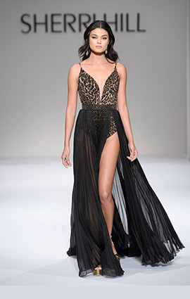 2018 Fashion Show Dress
